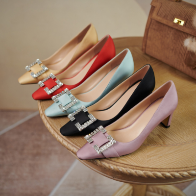 2021 New Arrival Satin Rhinestone Heels Wedding Shoes