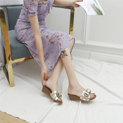 Golden Beach Metallic Bowknot Comfort Slide Wedge Sandals