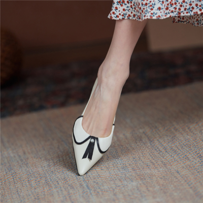 White Bow Pearls Low Vamp Leather Pointy Toe Pumps Block Heeled Shoes