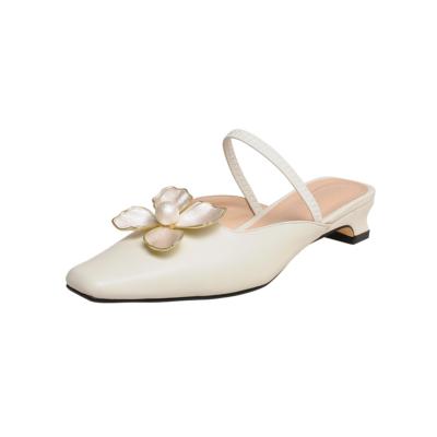 White Flower Pearl Buckle Flats Leather Low Block Heels Mule Shoes