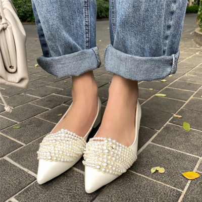 2021 Spring Arrival Pearl Leather Pointed Toe Flats