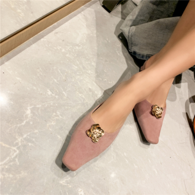 2021 Low Heel Mule Shoes Summer Pumps with Flower Buckle