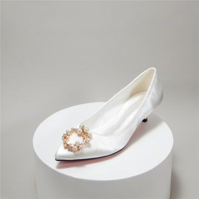 White Pearl Rhinestones Decor Low Kitten Heel Wedding Shoes Pumps