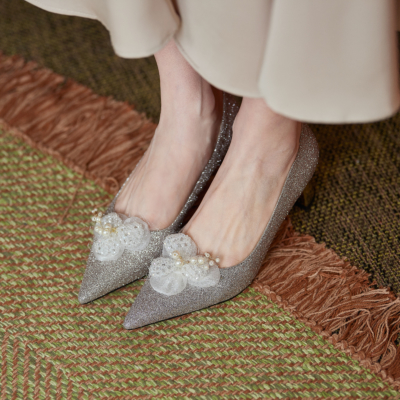 Silver Sequined Pointed Toe Metal Low Heel Pearls Beaded 2021 Bridal Shoes