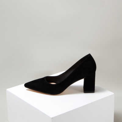 Black Patent Leather Round Toe Chunky Heels Pumps