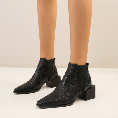 Black Snake Print Chelsea Boots Chunky Heel Short Ankle Boots